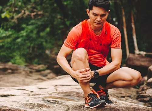 You might not think twice about that lingering pain following a long hike, but if it's shin splints, that soreness can develop into a bigger issue if left untreated.