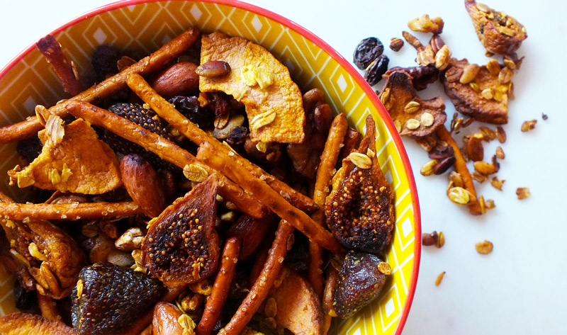 Eat Healthy: Sweet & Salty Crunch Mix