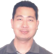 Photo of physician Jonathan Kitayama